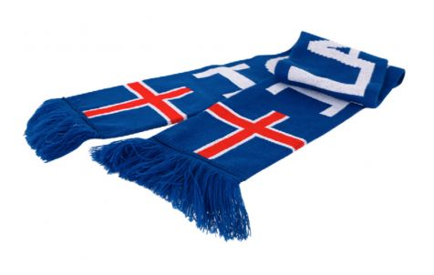 Scarf with Icelandic flag